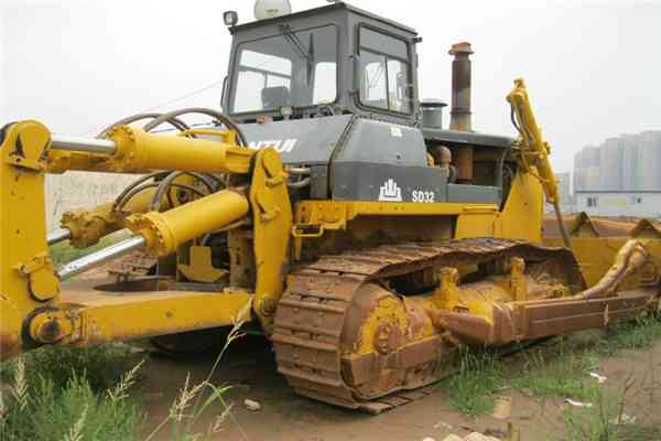 Crawler Bulldozer with Cummnis Engine 320HP Shantui SD32 242