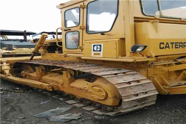 Secondhand Caterpillar Crawler Bulldozer D6D 230