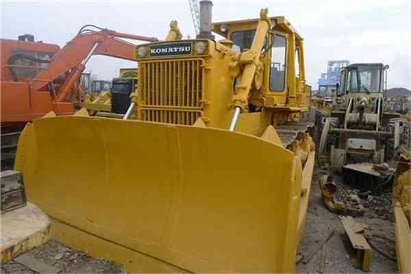 Secondhand Walking Tractor Used Komatsu Crawler Bulldozer D155A 1 185