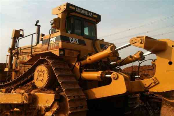 China  Used Caterpillar D6g Bulldozer with Blade and Ripper  in uk