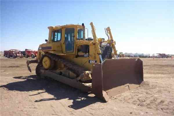 Used Cat Crawler Bulldozer D6H for Sale210
