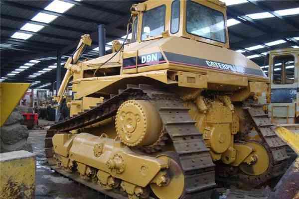 Used Cat Crawler Bulldozer D9n 28