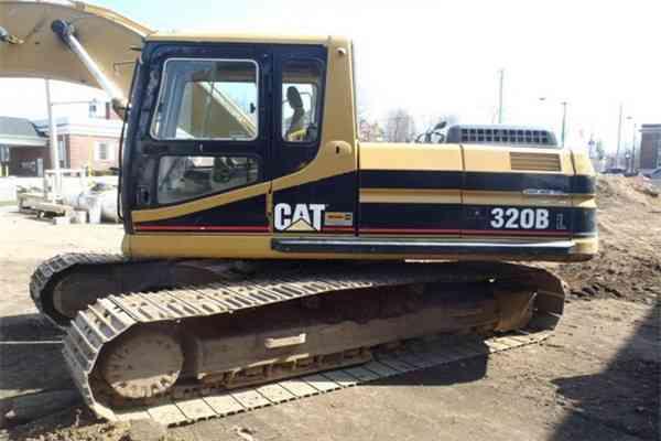 Used Crawler Excavator CAT 320D in Austria