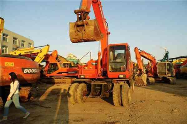 Used Crawler Excavator Hitachi EX300 in Saudi Arabia