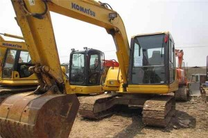 komatsu-used-6t-excavator-pc60-7-with-ce7