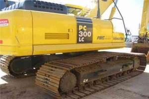 used-crawler-komatsu-excavator-secondhand-hydraulic-walking-excavator-pc300lc-6-158
