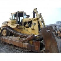 Pelle sur chenilles Bulldozer CAT D9N