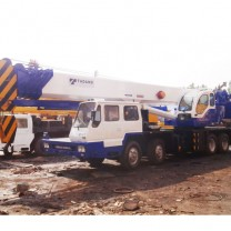 Camion mobile Grue Tadano GT-550E