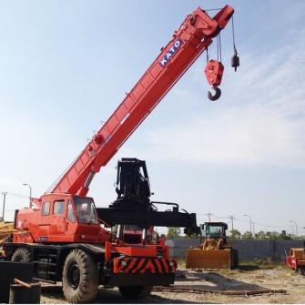 Used Rough Terrain Crane KATO KR25H
