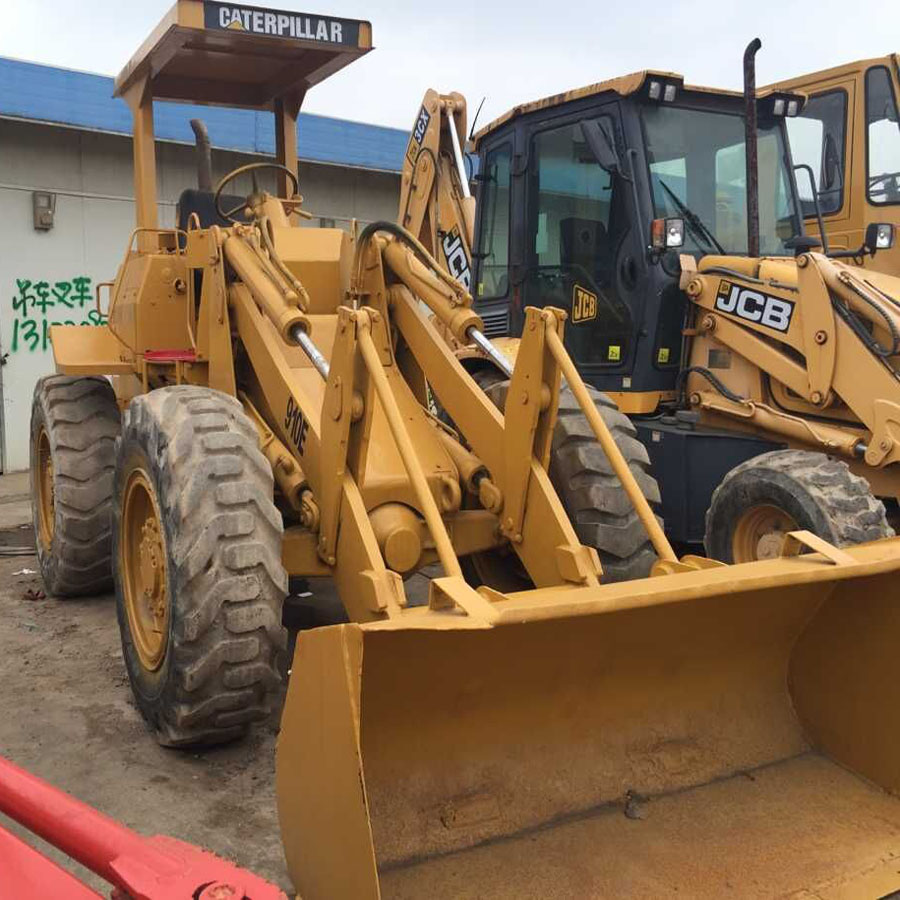 Used wheel loader CAT 910E
