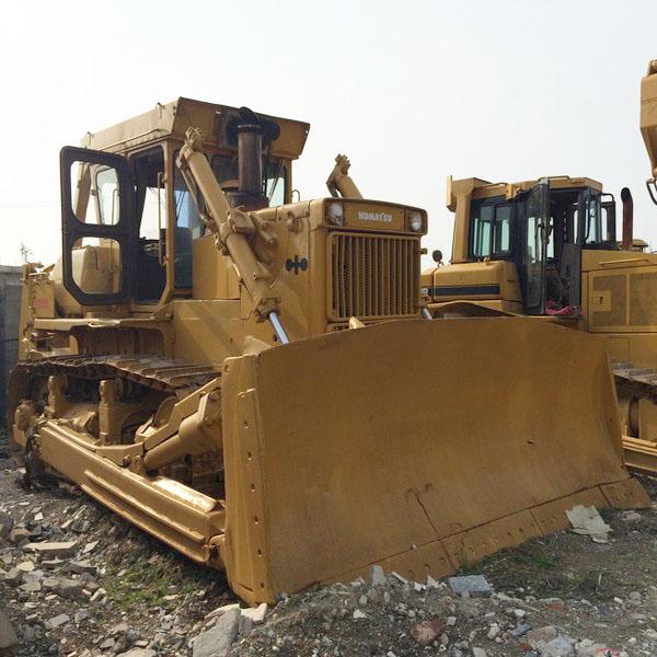 Tractores de cadenas usadas Komatsu D155A-1