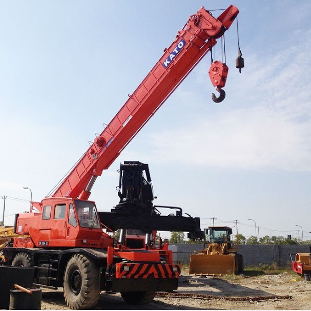 Used Rough Terrain Crane KATO KR25H