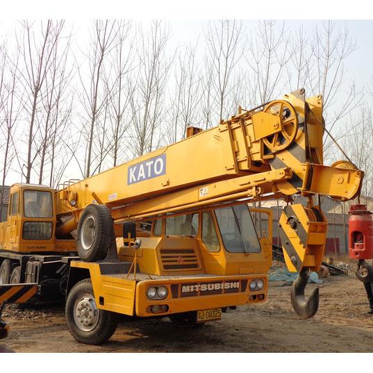 Used Mobile Truck Crane KATO NK300E